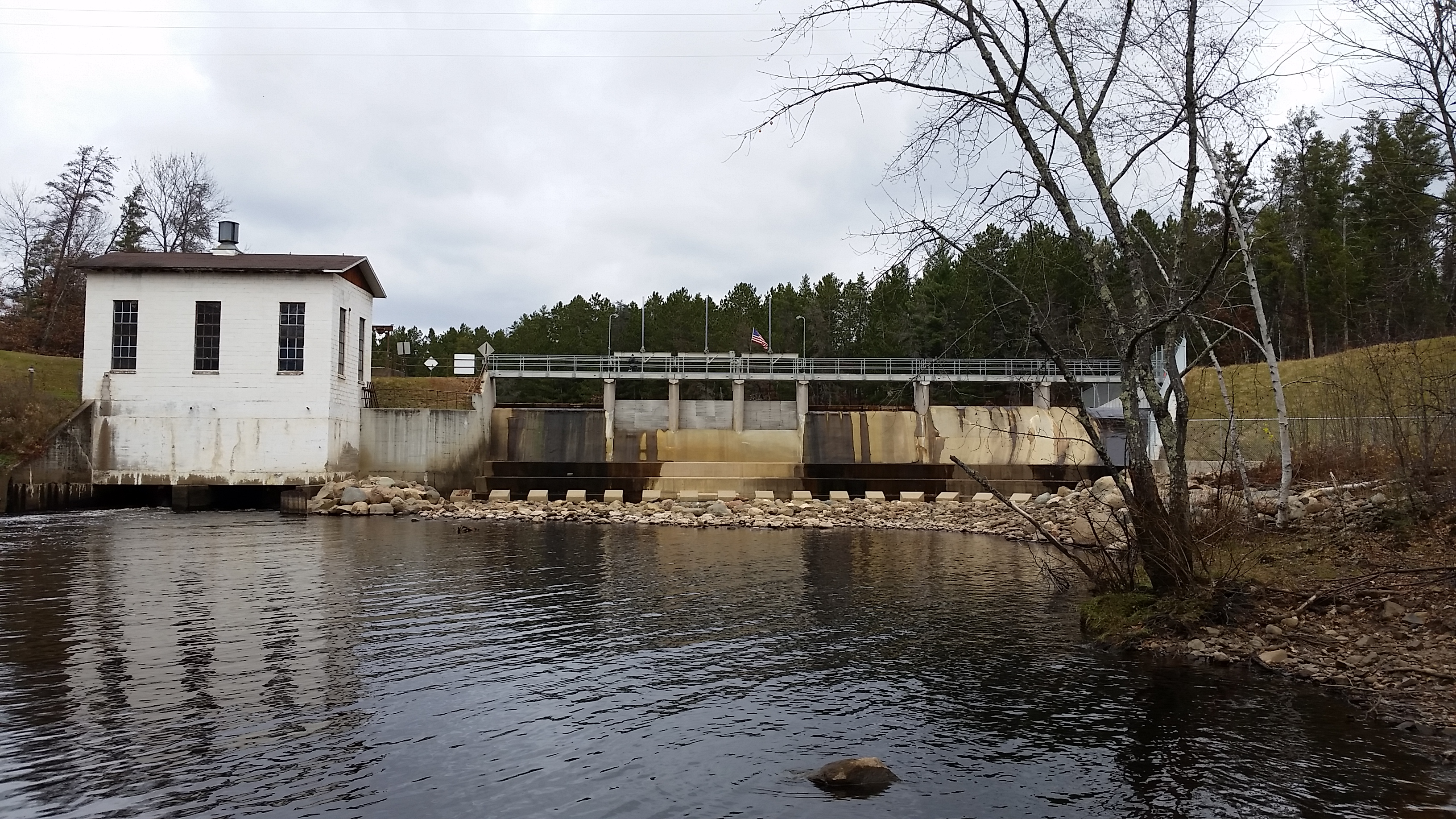 The new dam and spillway